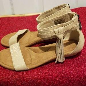 86e0663984e6 Koolaburra Shoes - Koolaburra by UGG Womens Saige Wedge Sandals
